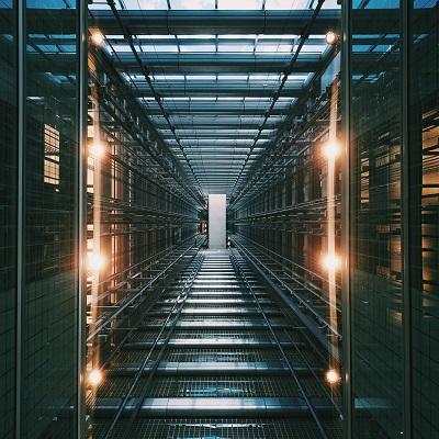 نرم افزار مدیریت امور سهام بر بستر رایانش ابری