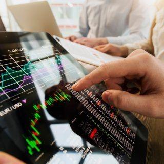 قیمت و ارزش سهام چیست؟ تفاوت ها چیست؟