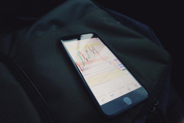 برای کسب درآمد در بورس سهام چه مواردی باید در نظر گرفته شود؟